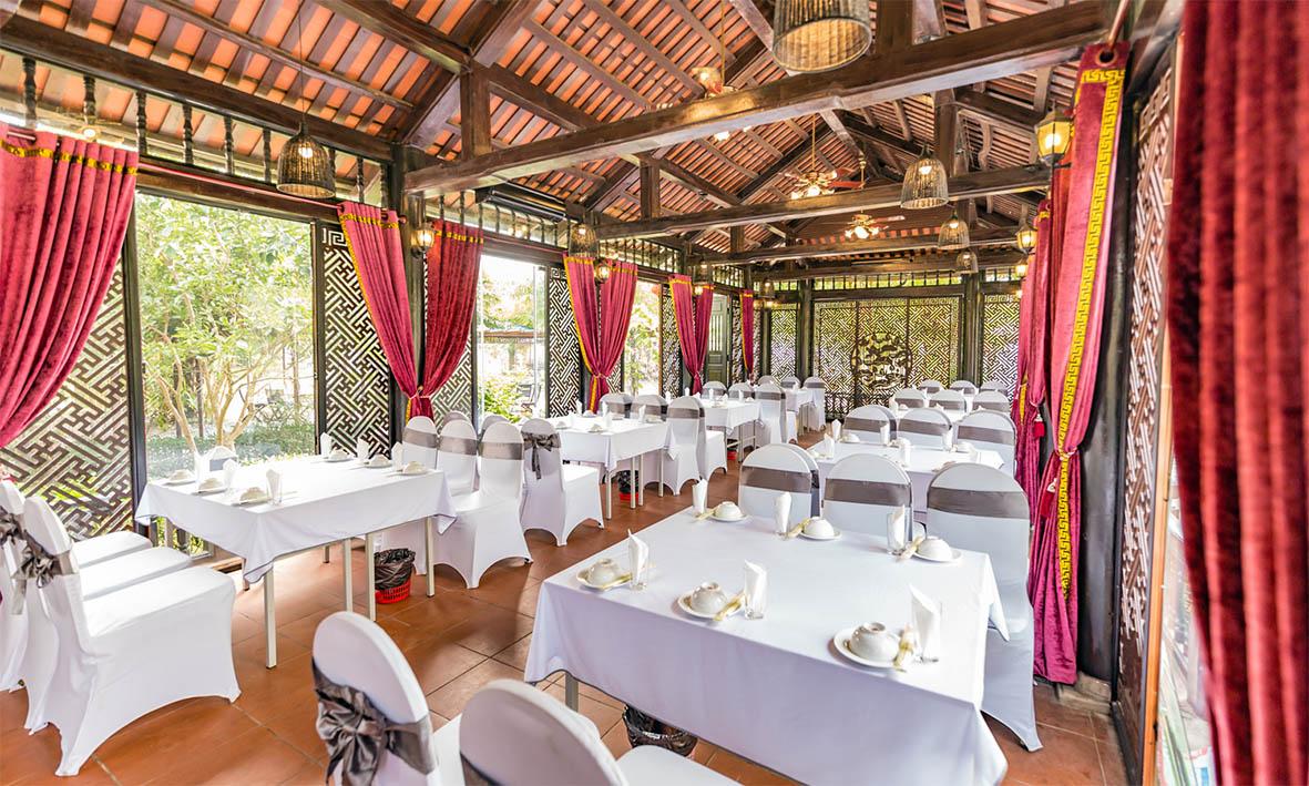vườn vua resort - nhà hàng sen
